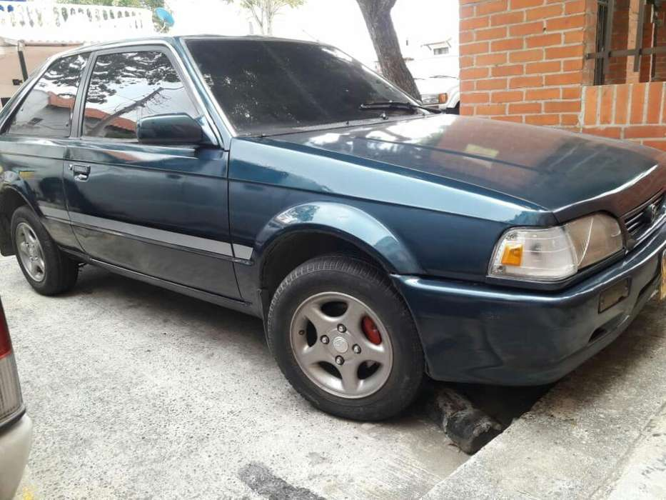 Mazda 323 1992 - 174523 km