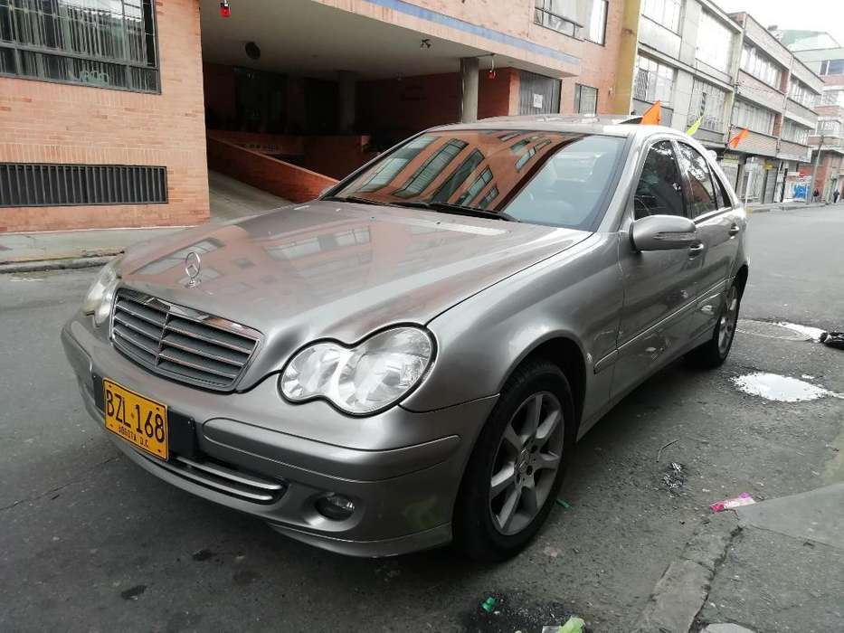 <strong>mercedes-benz</strong> Clase C 2007 - 97000 km