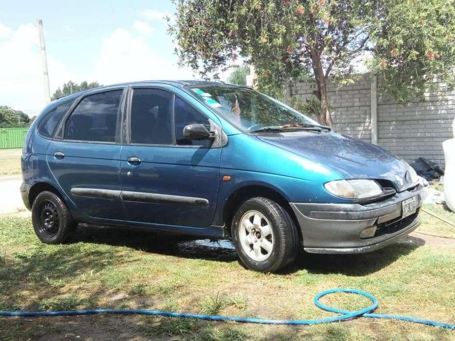 Renault Scenic II 1999 - 11111 km