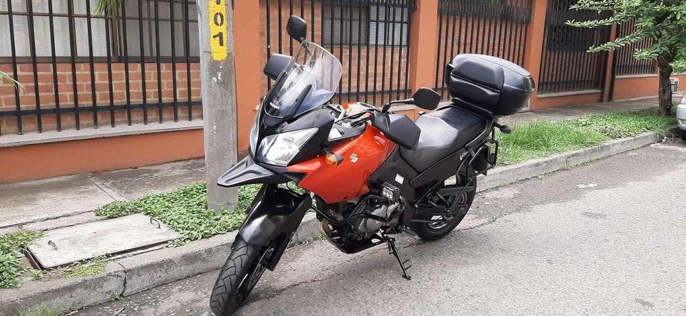 VENDO VSTROM 650 MD 2012 !!!