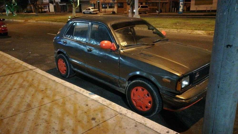 Daihatsu Charade 1982 - 190 km