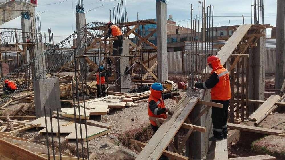 CONSTRUCION DE CASAS. LEVANTAMIENTO. DESDE LA CIMENTACION