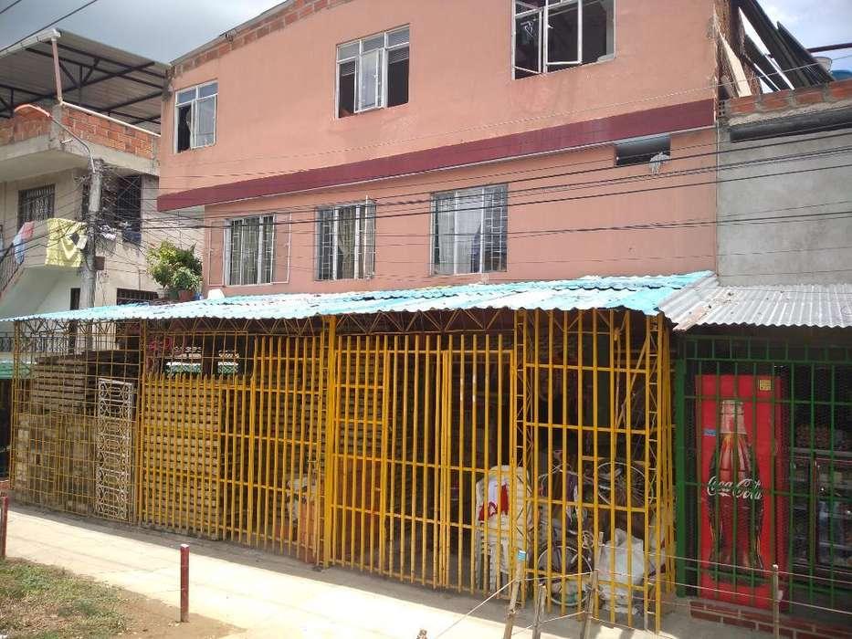 Se Vende Casa de Tres Pisos