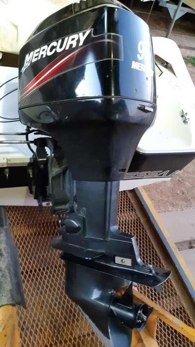 Motor Mercury 90 HP 2T con 140 hs año 2011