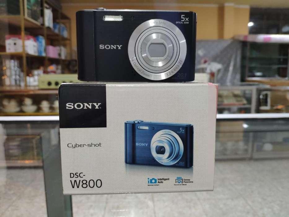 Cámara <strong>digital</strong> Sony Dsc-w800 (20.1) Mp