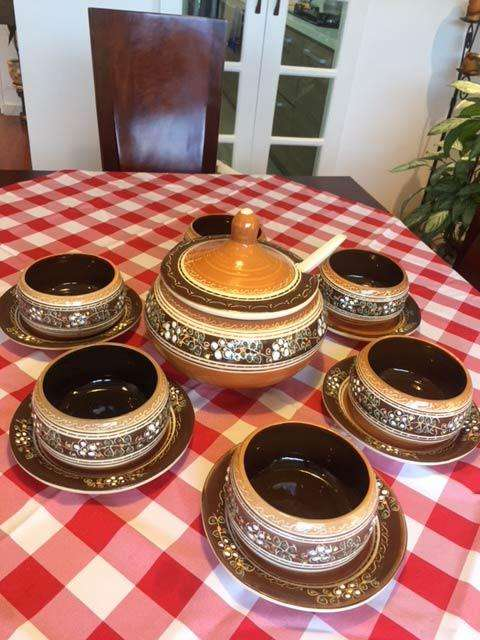 Juego de sopera con cucharon para servir (6 cazuelas - 6 <strong>platos</strong>)