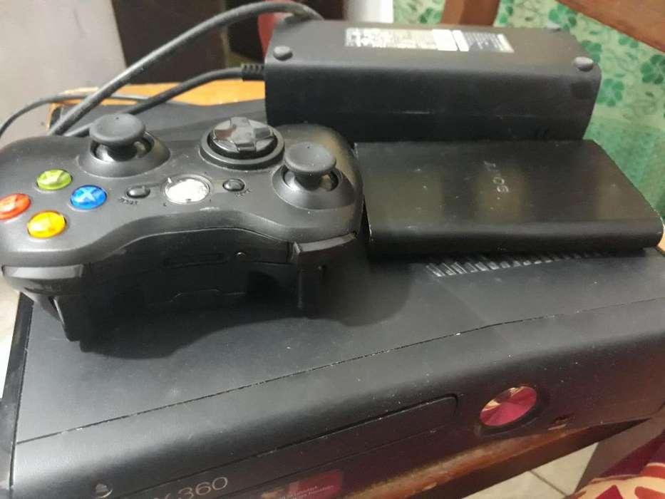 Xbox 360 con 76 Juegos Instalado
