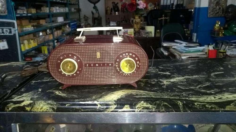 Radio Antiguo Zenith Años 50
