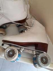 Patines p/patinaje artístico- 3 meses de uso  6.500
