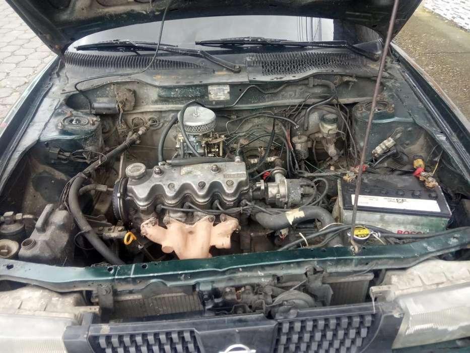 Nissan Sentra 1996 - 98 km