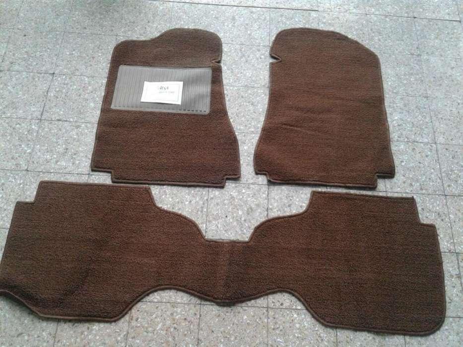 Cubre alfombra Dodge 1500 de boucle marron completo 3 piezas