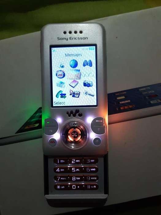 Sony Ericcson W 580 Blqnco