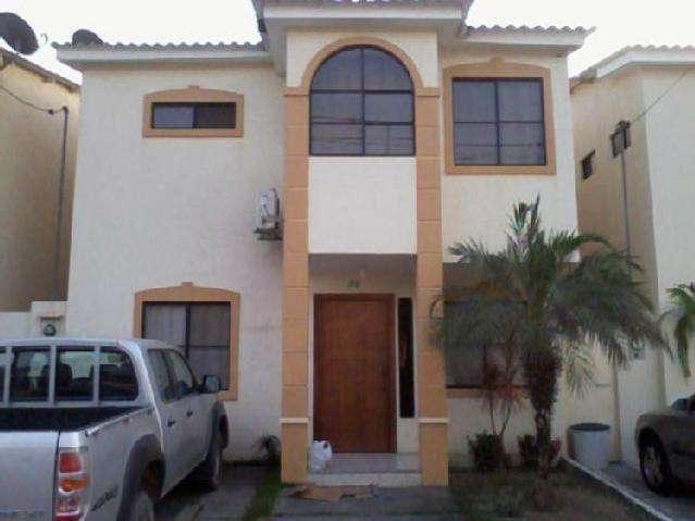 Vendo casa urbanizacion VOLARE