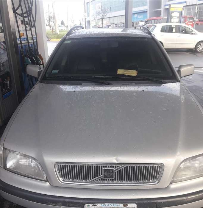 <strong>volvo</strong> V40 1998 - 280000 km