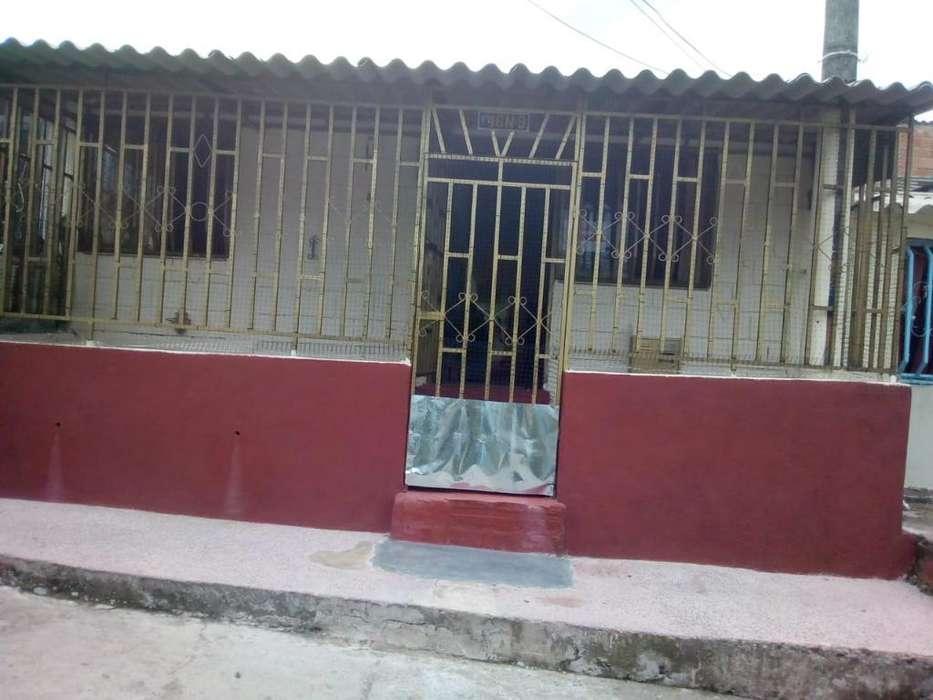 Se Vende Casa /barrio Comuneros