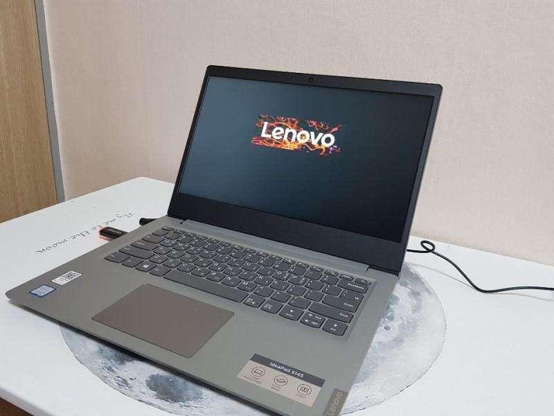 Portatil excelente ultrabook Lenovo IdeaDpad con procesador intel corei3 de 8va Generacion con 4 nucleos viene con 8 gb
