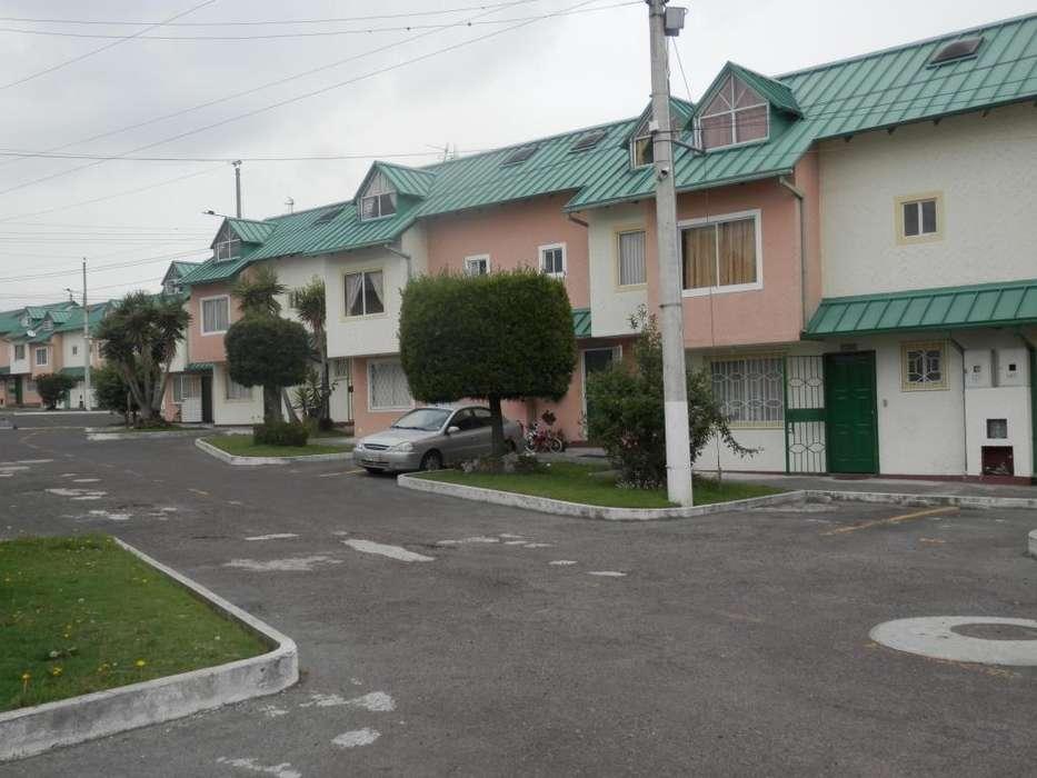 Casa venta, sector Carapungo Giovanni Calles Pananorte