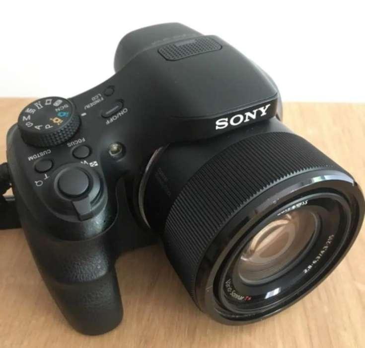 Sony 20.4 Mpx. Zoom 50x