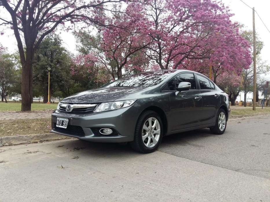 Honda Civic 2014 - 70000 km