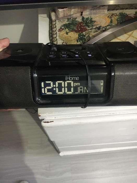 Vendo Radio Reloj