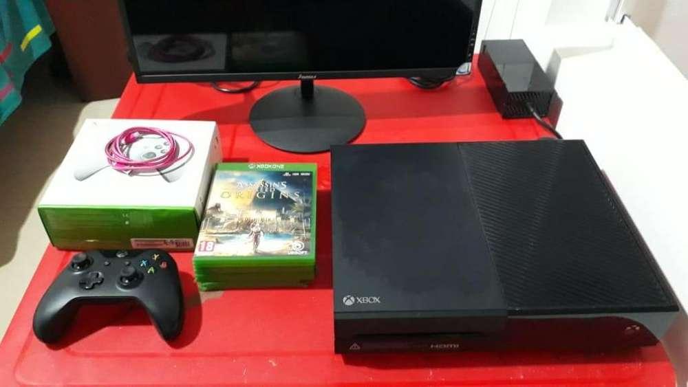 Vendo Xbox One 1Tb 2 controles 10 juegos