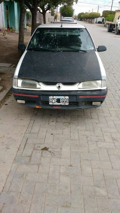 Renault R19 1998 - 100000 km