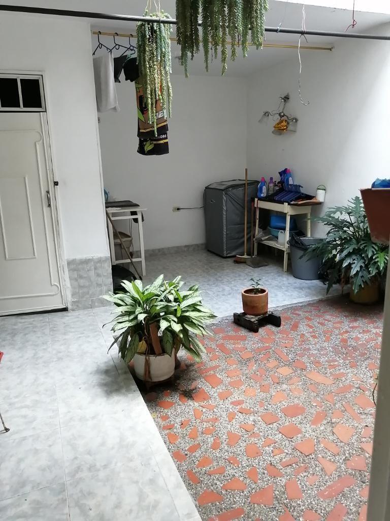 Vendo Casa Primer Piso en Florencia