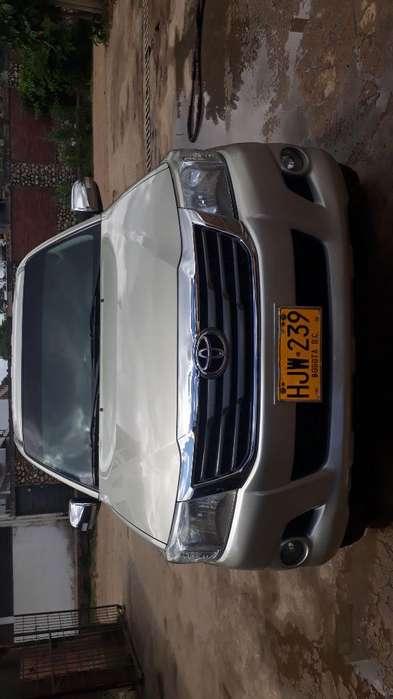 Toyota Hilux 2014 - 140 km