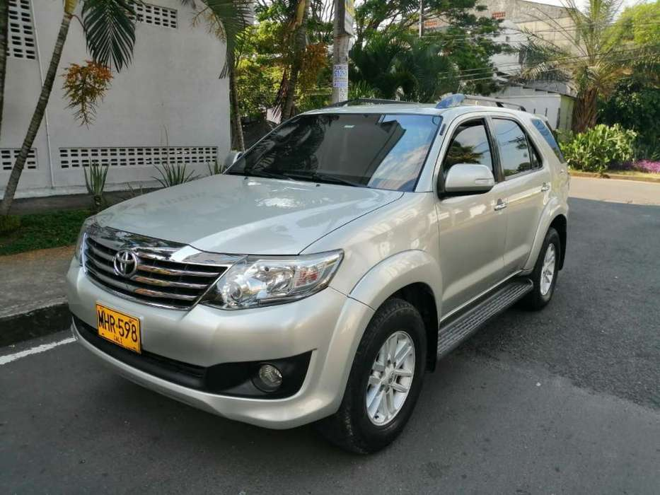 <strong>toyota</strong> Fortuner 2012 - 97000 km