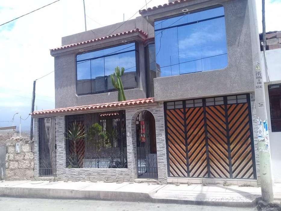 Se Vende Casa en La Mansion2 de Socabaya