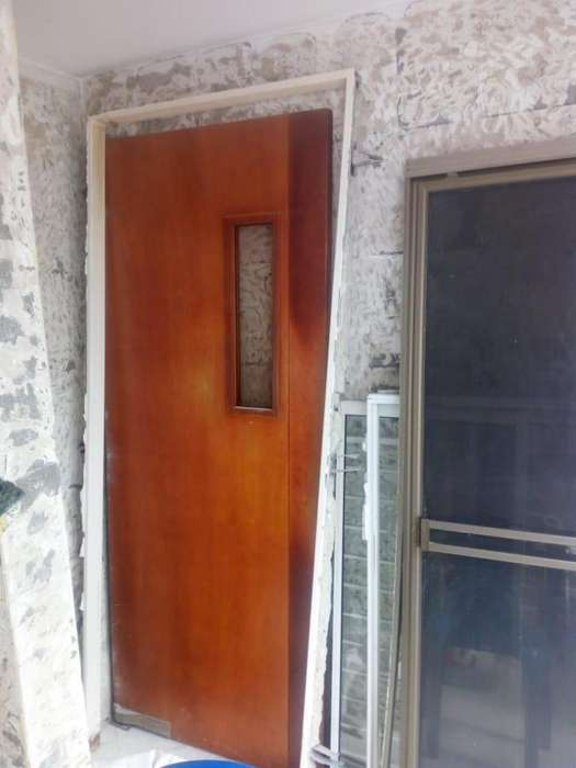 Puerta Vatiente con Marco