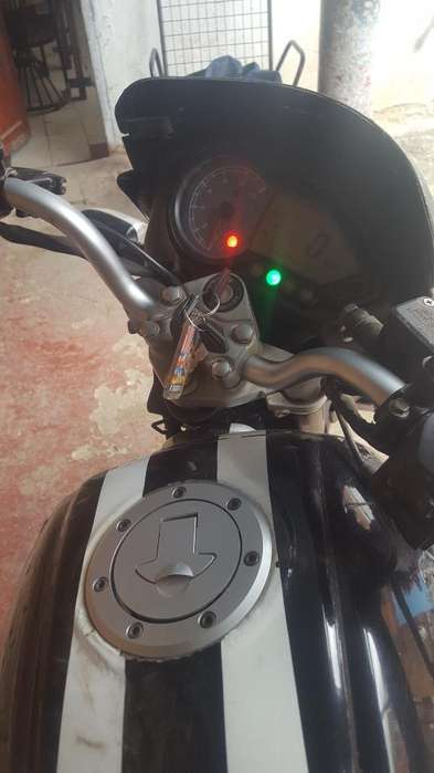 Vendo Moto Pulsar 180 O La Permuto