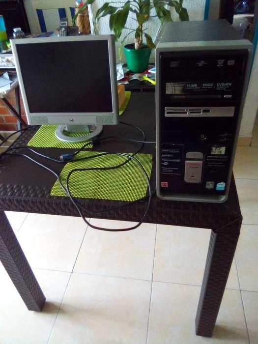 Monitor Y Torre Computador. Bogotá