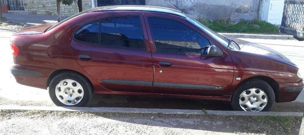 Renault Megane II 2006 - 257000 km