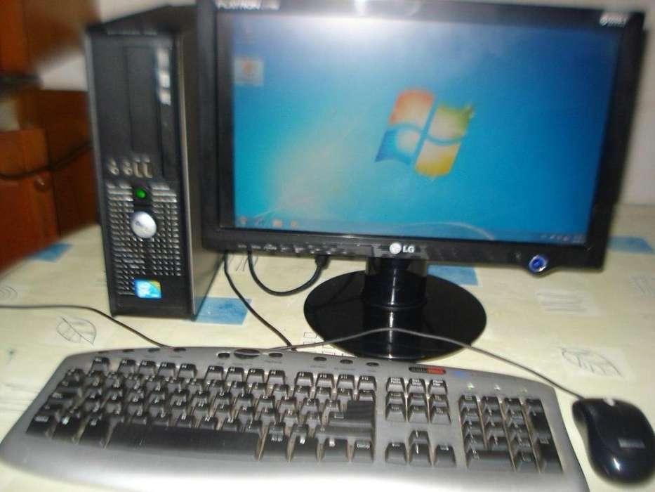 Computadora Dell Optiplex 780 Compacta C/monitor Lcd Lg 17