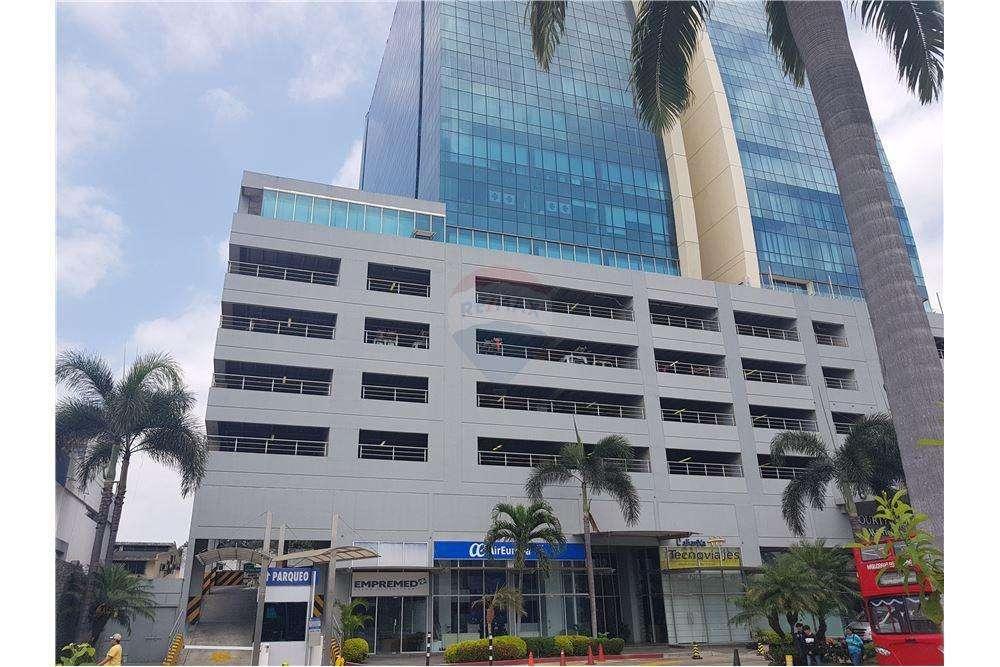 Vendo <strong>oficina</strong> en Edificio Blue Towers, Ave. Orellana, Edificio Blue