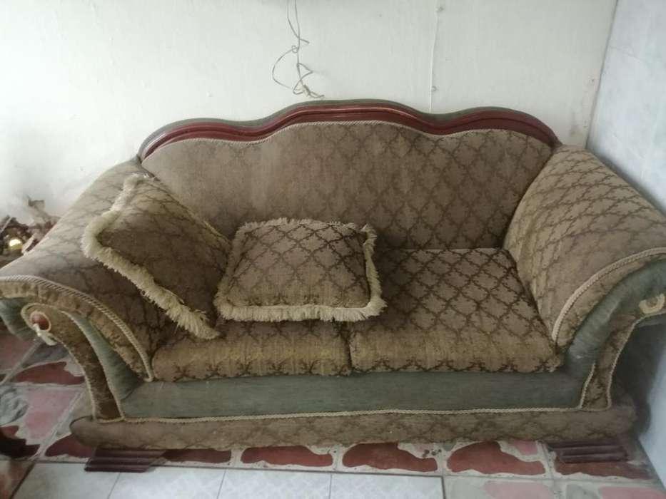 Se Venden Muebles Madera Isabelina