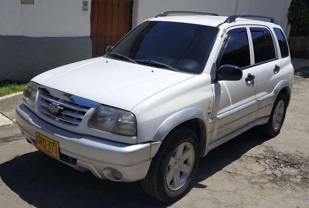 Chevrolet Grand Vitara 2005 - 170000 km