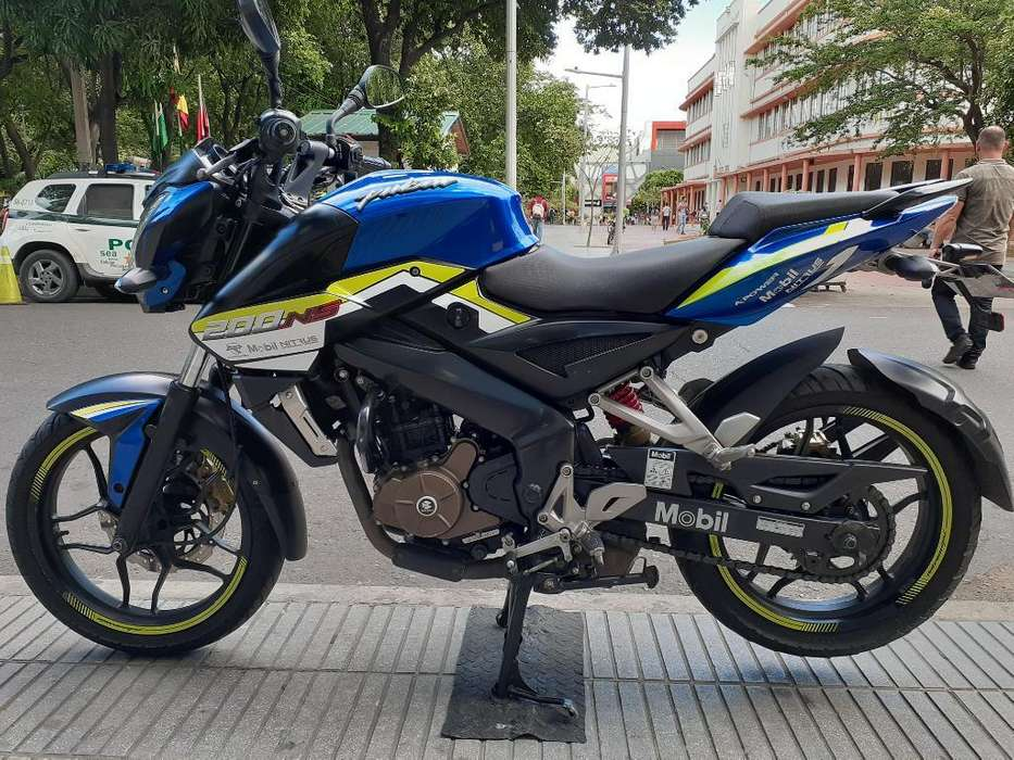 Pulsar Ns 200 Azul Modelo 2018 Impecable