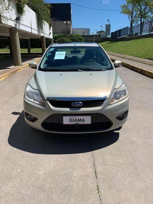 Ford Focus Sedán 2010 - 189000 km
