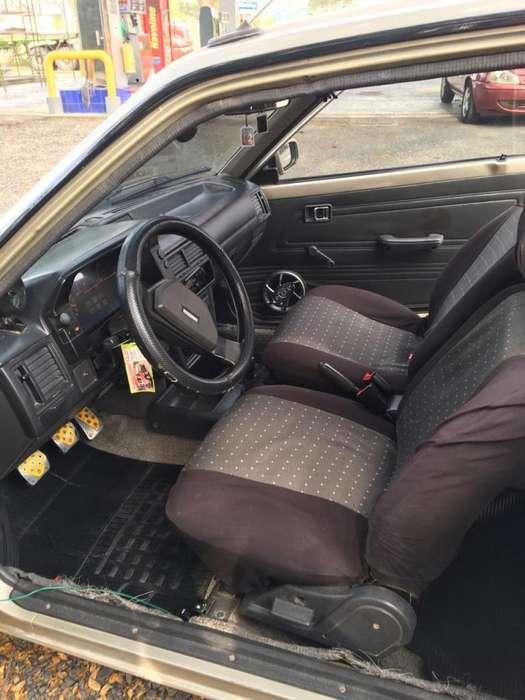 Mazda 323 1995 - 293936 km