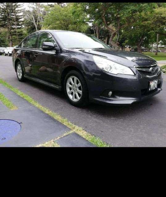 Subaru Legacy 2010 - 98000 km