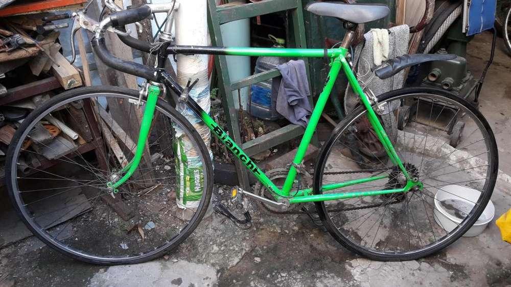 Bicicleta Bianchi R28