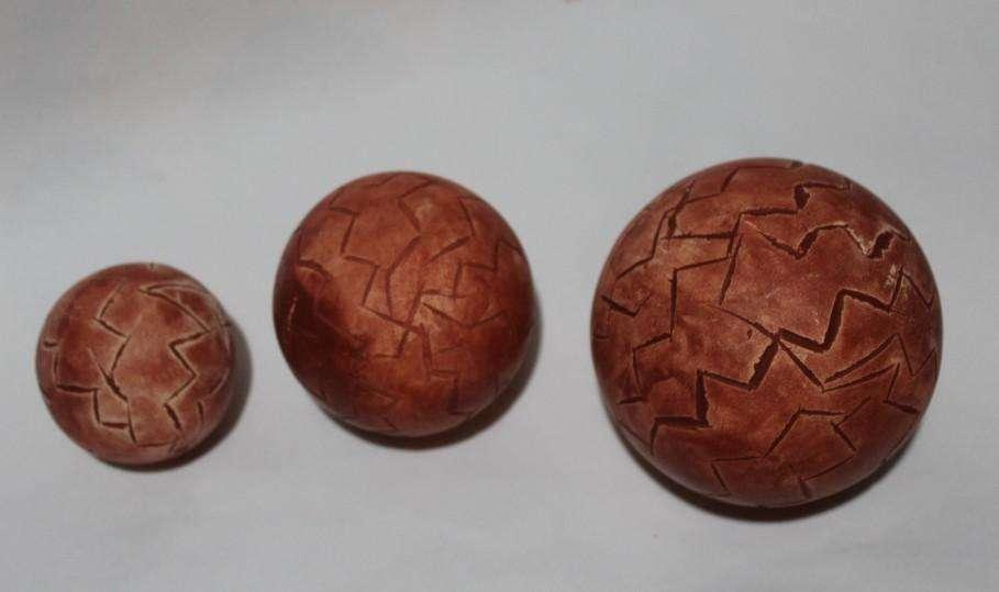 Esferas cerámicas decorativas con textura,  150