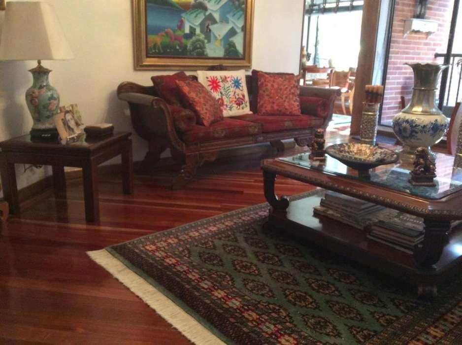 Arriendo hermoso apartamento amoblado en La Carolina 4279908