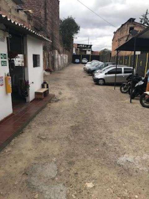 VENTA DE LOTES EN CANDELARIA CENTRO BOGOTA 90-57339