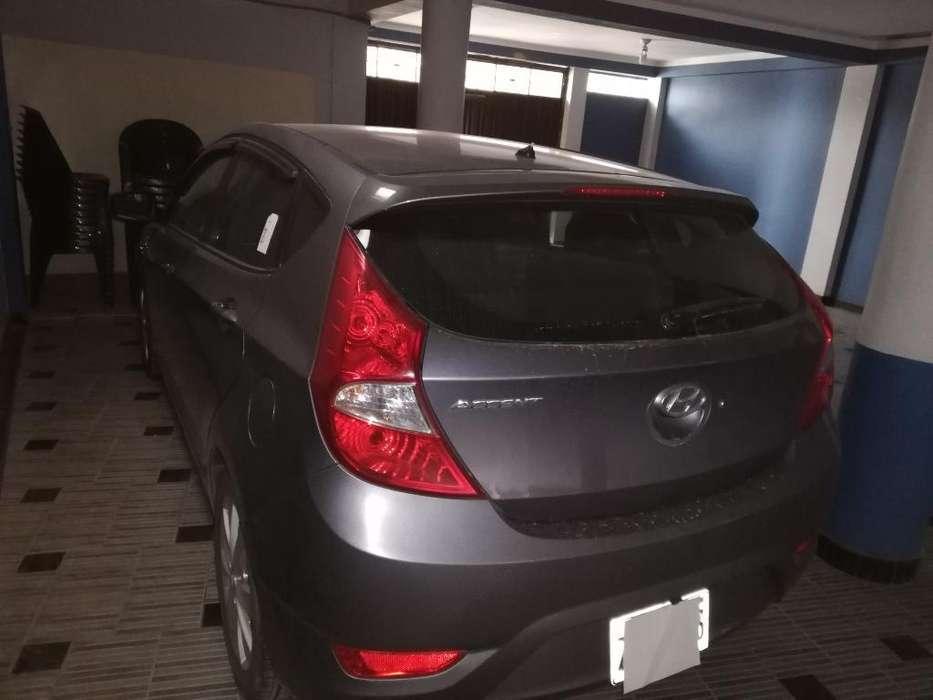 Hyundai Accent Hatchback 2016 - 35000 km