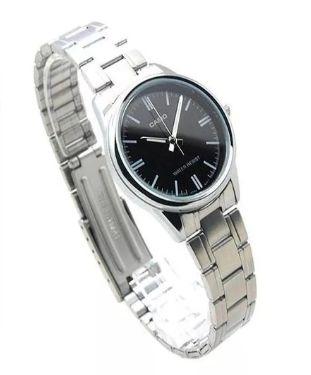 más fotos a9b71 d97ee Reloj Casio Dama Modelo Ltp-v005d-1a Análogo Pulso En Acero ...