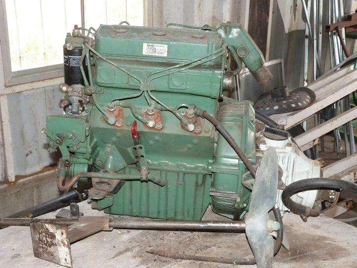 Motor marino interno Volvo Penta de 28 HP