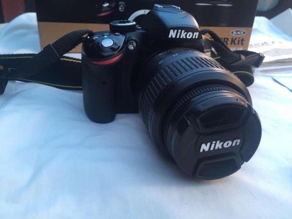 camara reflex nikon D3200